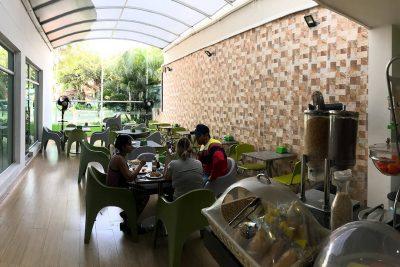 Servicio terraza hotel Génova Prado