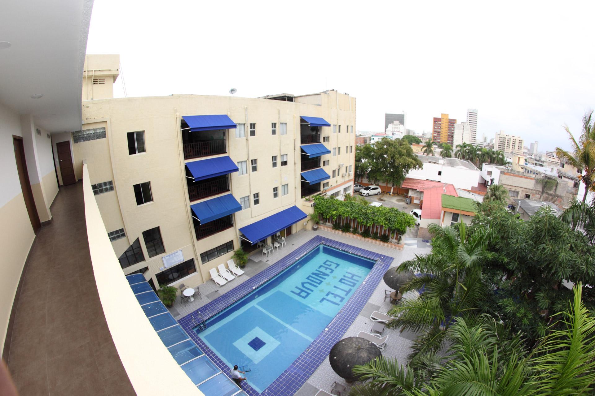 Hotel Génova Centro - piscina relajante